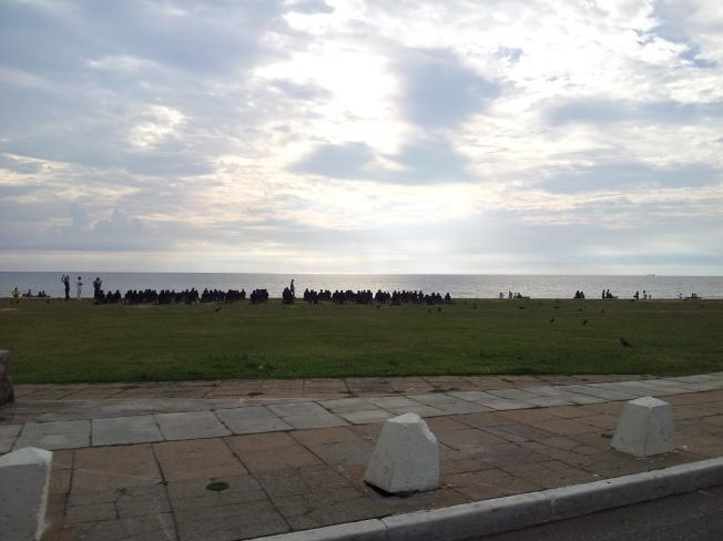 Glimpse of the beach (pic taken while in tuk tuk)